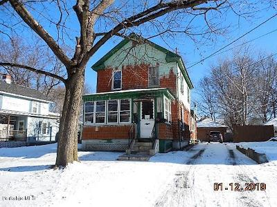 Pittsfield MA Single Family Home For Sale: $60,000