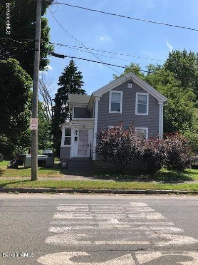Pittsfield Single Family Home For Sale: 62 Burbank St