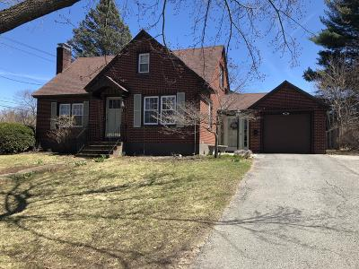 Pittsfield MA Single Family Home For Sale: $229,900