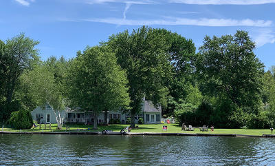 Pittsfield Single Family Home For Sale: 565 Pecks Rd