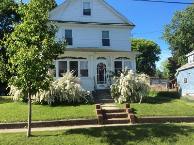Pittsfield MA Single Family Home For Sale: $149,000