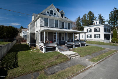 North Adams Single Family Home For Sale: 9 Elmwood Ave
