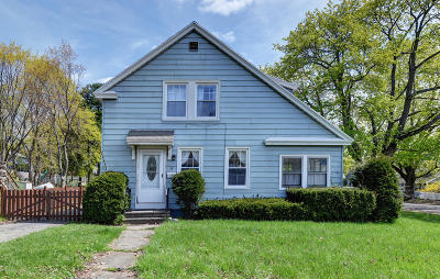 Pittsfield Single Family Home For Sale: 15 Rhode Island Ave