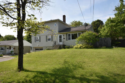 Pittsfield Single Family Home For Sale: 127 Gamwell Ave