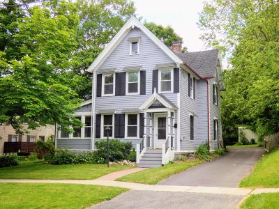 Pittsfield Single Family Home For Sale: 106 Howard St