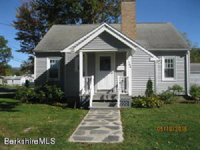 North Adams Single Family Home For Sale: 106 Bonair Ave