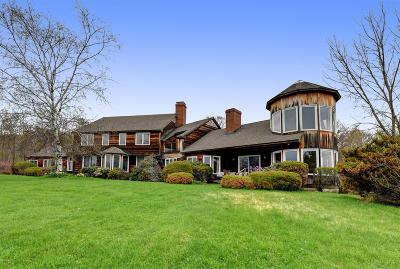 Berkshire County Single Family Home For Sale: 85 Oblong Rd