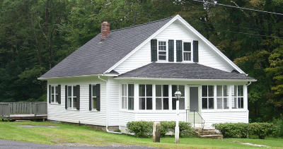 Berkshire County Single Family Home For Sale: 7 Alford Center Rd
