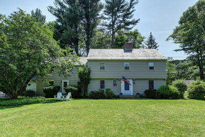 Pittsfield Single Family Home For Sale: 5 Eaton Ln