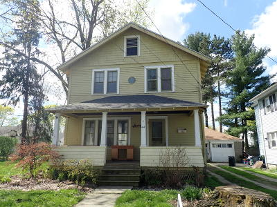 Pittsfield Single Family Home For Sale: 44 Strong Ave
