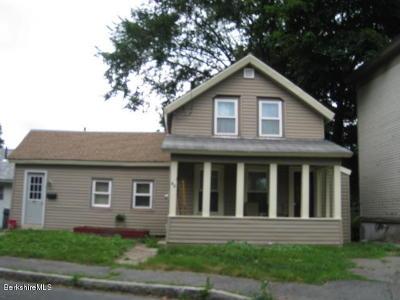 Adams, Clarksburg, Florida, New Ashford, North Adams, Savoy, Williamstown Single Family Home For Sale: 67 Prospect St
