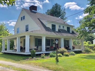 Pittsfield MA Single Family Home For Sale: $517,500
