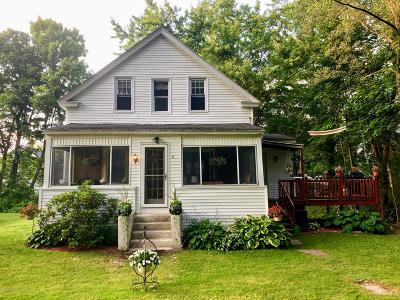 Berkshire County Single Family Home For Sale: 91 Montvue St