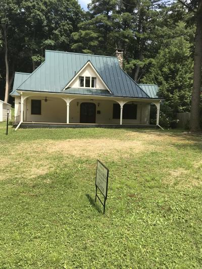 Alford, Becket, Egremont, Great Barrington, Lee, Lenox, Monterey, Mt Washington, New Marlborough, Otis, Sandisfield, Sheffield, South Lee, Stockbridge, Tyringham, West Stockbridge Single Family Home For Sale: 56 Cliffwood St