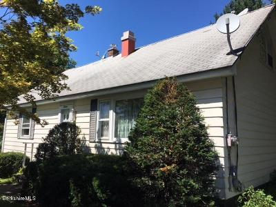 Adams Single Family Home For Sale: 16 East Orchard Ter