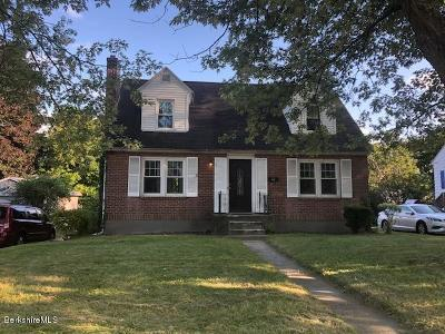 Pittsfield Single Family Home For Sale: 262 Dalton Ave