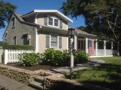 Barnstable Single Family Home For Sale: 373 Bay Lane