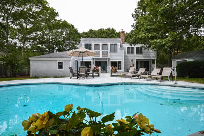 Mashpee Single Family Home For Sale: 92 S Waterline Drive