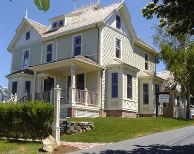 Chatham Single Family Home For Sale: 11 Library Lane