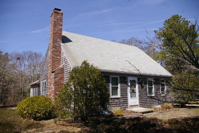 Eastham Single Family Home Contingent: 2535 Herring Brook Road