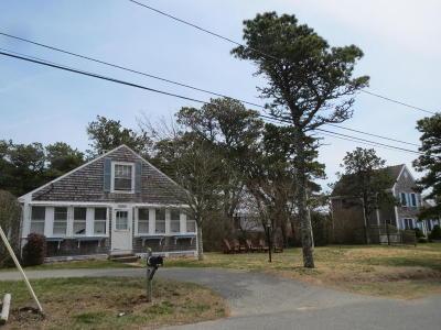 Dennis Single Family Home For Sale: 80 Beaten Road