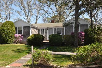 Harwich Single Family Home For Sale: 7 Hudson Lane