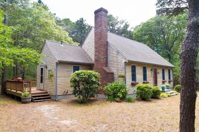Eastham Single Family Home Contingent: 35 Kingswood Drive