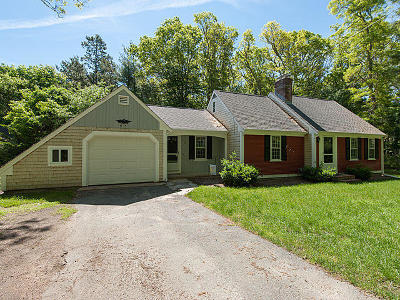 Barnstable Single Family Home For Sale: 95 Holly Hill Road