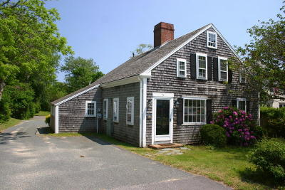 Chatham Single Family Home For Sale: 90 Old Harbor Road