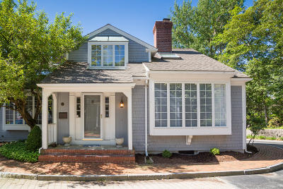 Barnstable Condo/Townhouse Contingent: 716 Main Street #A1