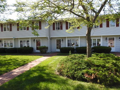 Mashpee Condo/Townhouse For Sale: 174 Lowell Road #J117
