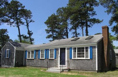 Dennis Single Family Home For Sale: 13 Puritan Lane