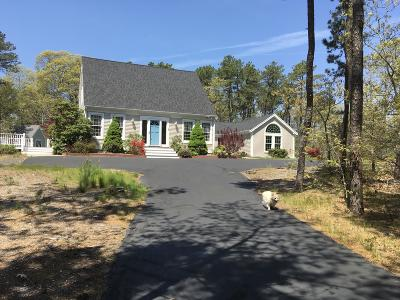 Single Family Home Sold: 60 Amys Way