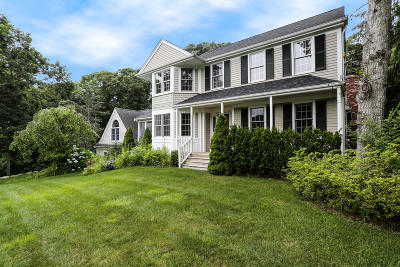 Barnstable Single Family Home For Sale: 65 Trinity Place