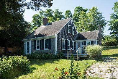 Orleans Single Family Home For Sale: 21 Harveys Lane