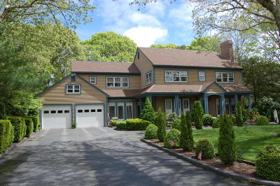 Barnstable Single Family Home For Sale: 178 Evans Street