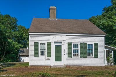 Dennis Single Family Home For Sale: 494 Main Street