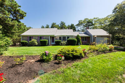 Harwich Single Family Home For Sale: 22 Green Lane