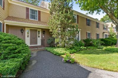 Barnstable Condo/Townhouse For Sale: 39 Tower Hill Road #4D B# 2