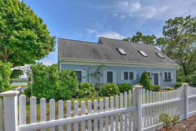 Bourne Single Family Home For Sale: 241 Shore Road