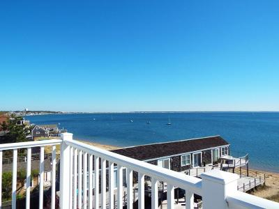 Provincetown Condo/Townhouse Contingent: 415-417 Commercial Street #3