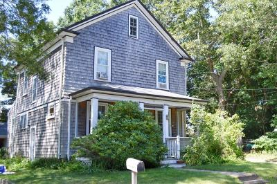 Barnstable Single Family Home Contingent: 39 Lafrance Avenue