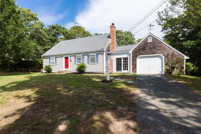 Chatham Single Family Home For Sale: 52 Earles Way