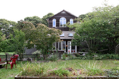 Eastham Single Family Home Contingent: 515 Steele Road