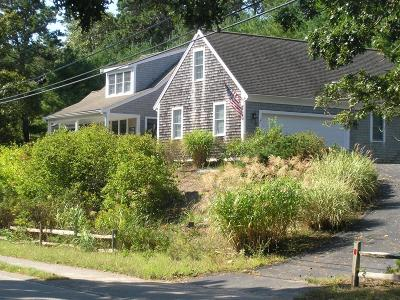 Chatham Single Family Home For Sale: 132 Hardings Beach Road