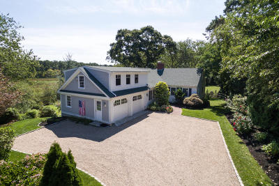 Yarmouth Single Family Home For Sale: 40 Dauphine Drive