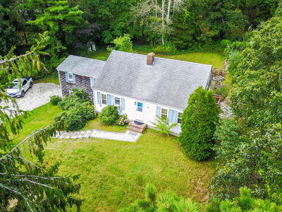 Chatham Single Family Home For Sale: 44 Vineyard Avenue