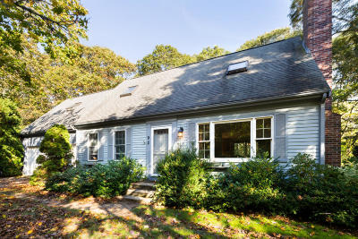 Barnstable Single Family Home For Sale: 92 Headwaters Road