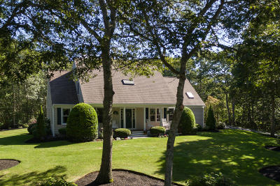 Harwich Single Family Home For Sale: 48 Hillcrest Drive