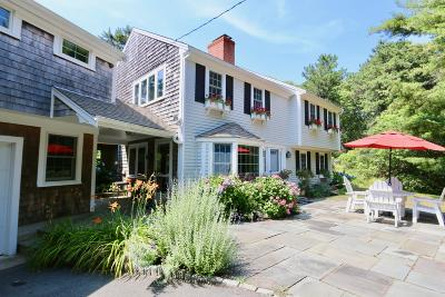 Chatham Single Family Home For Sale: 98 Deering Drive
